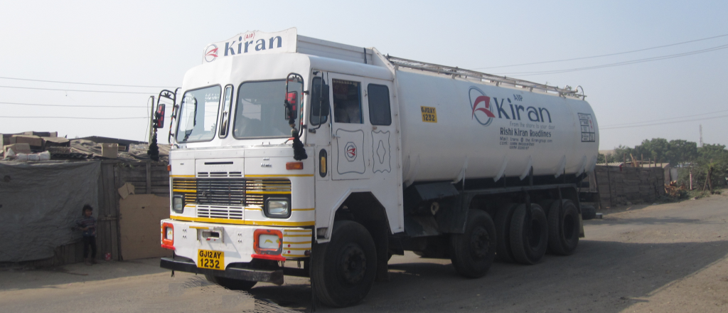 rishi_kiran_truck